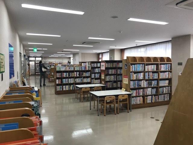 目黒区立 守屋図書館 図書室